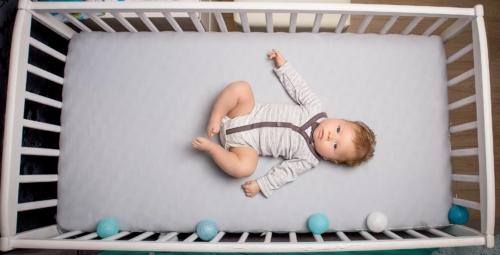 konwalijka_fotografia_dziecieca_sanok_rodzinna_lifestyle_sesja_w_domu_klienta_newborn_baby4